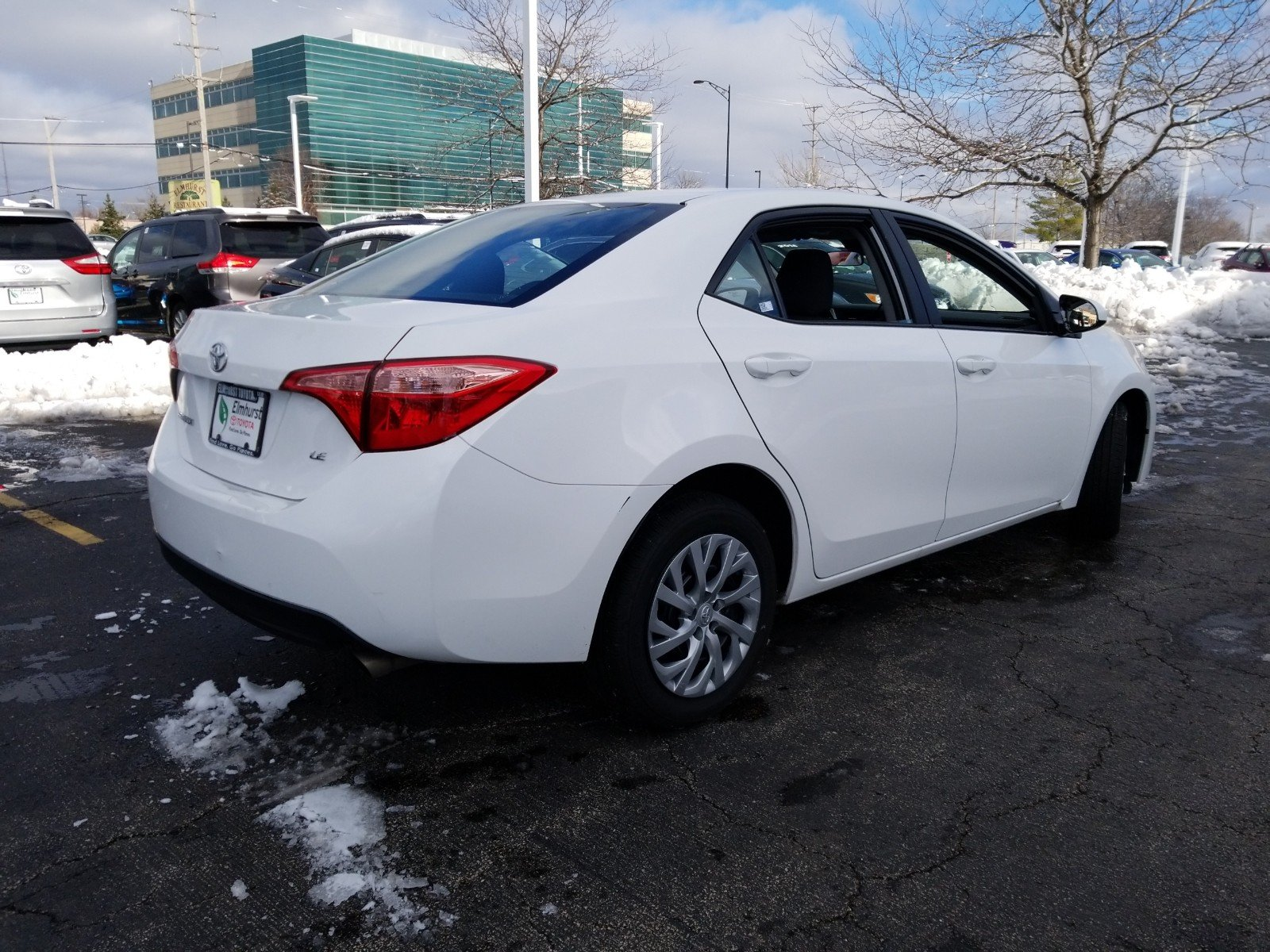 Pre Owned 2018 Toyota Corolla LE 4D Sedan in Elmhurst 8868P