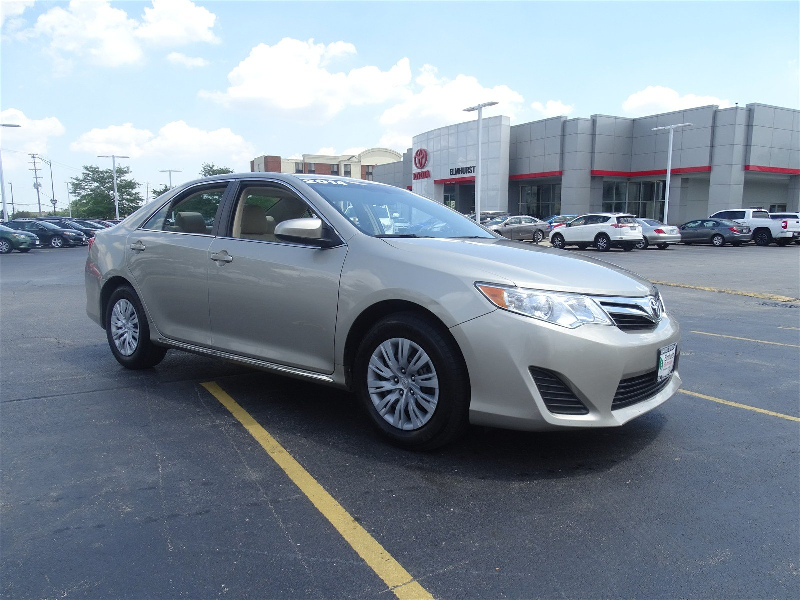 pre owned 2014 toyota camry le 4d sedan in elmhurst t29412a elmhurst toyota. Black Bedroom Furniture Sets. Home Design Ideas