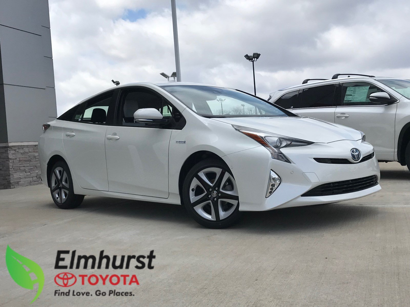 New 2018 Toyota Prius Four Touring Hatchback in Elmhurst T