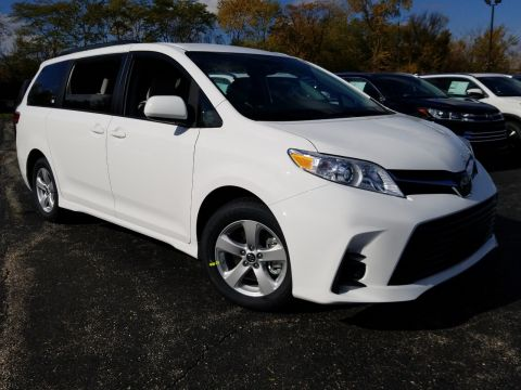 New 2019 Toyota Sienna LE